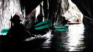 kayak-shakotan-caves