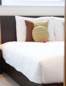 powder_haven_bedroom1_190515_medium-1000x530_c