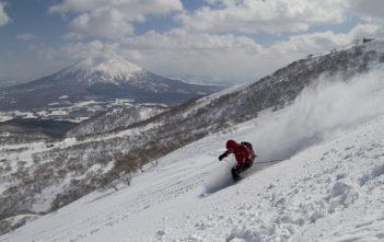 skijapan-mountain-guiding